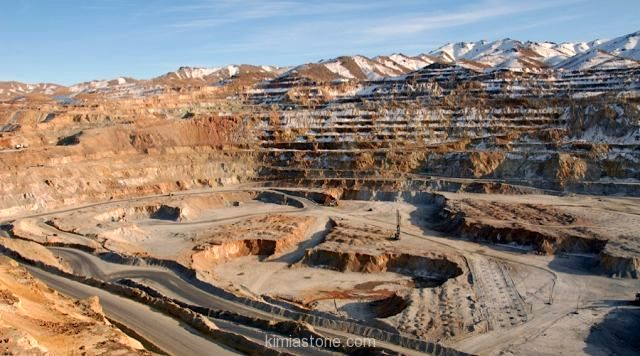 سخنگوی طالبان: برنامه ای برای درآمدزایی از استخراج مواد معدنی داریم