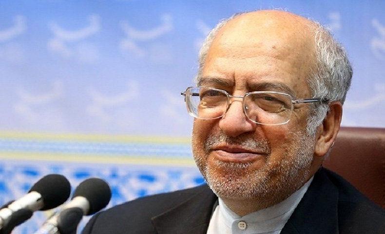 وزیر اسبق صمت: کسانی که هشتگ «محاکمه روحانی» را می زنند، عوامل اجنبی اند!