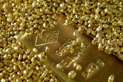 عقبنشینی ۲۳ دلاری طلا در هشتمین ماه ۲۰۲۱