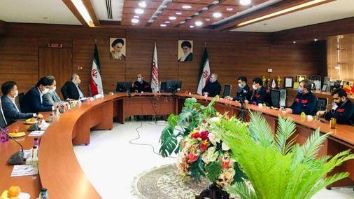 با حضور مدیر عامل شرکت؛ جلسه مدیران بانک ملت استان با مدیران اکسین برگزار شد