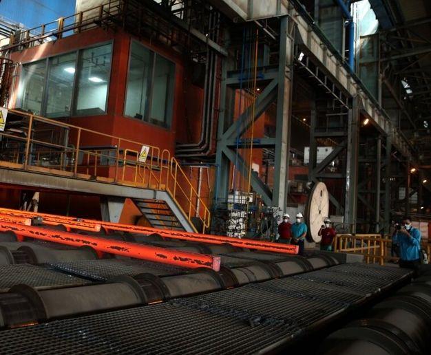 صنعت فولاد نقش بسزایی در ارزآوری و اشتغالزایی دارد